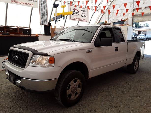 2005 Ford F-150 Crew Cab 5.4L V8 4x4 Unit Selling at Auction!