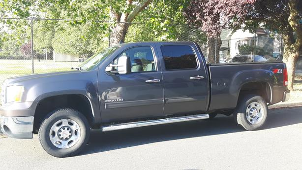 Reduced ! to just $25,500!   GMC Sierra 2500 4 x 4  Z71 Package ! ! !