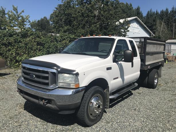 2004 Ford F-450 SUPER DUTY **DIESEL**WON'T LAST LONG**