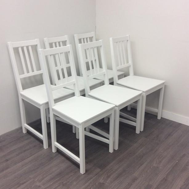 Set of 6 White Solid Wood Dining Chairs