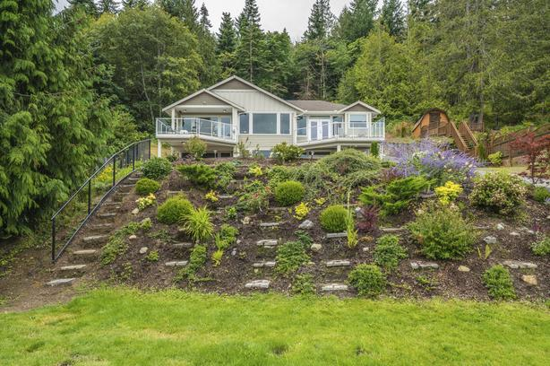 Nanoose Bay Ocean View Custom on 1/2 acre
