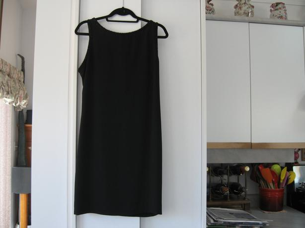 NEW Formal Black Dress by Laundry designed by Shelly Segal Backless size 12