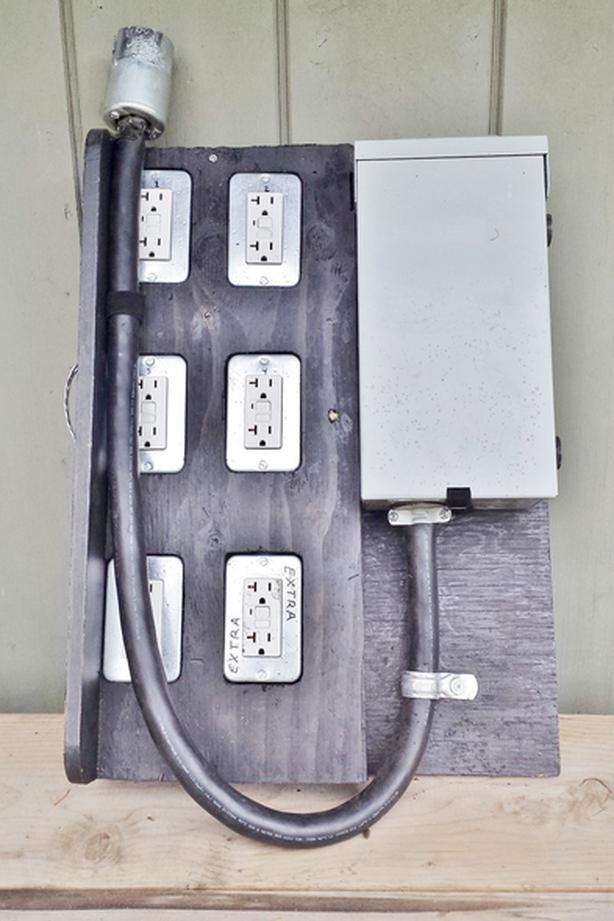 X2) Portable 50 AMP Electrical panels Victoria City, Victoria on