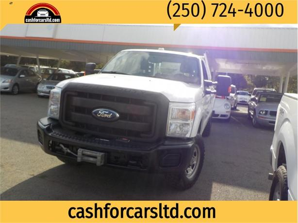 2011 Ford F-350 Super Duty SRW 4WD SuperCab 158 XL