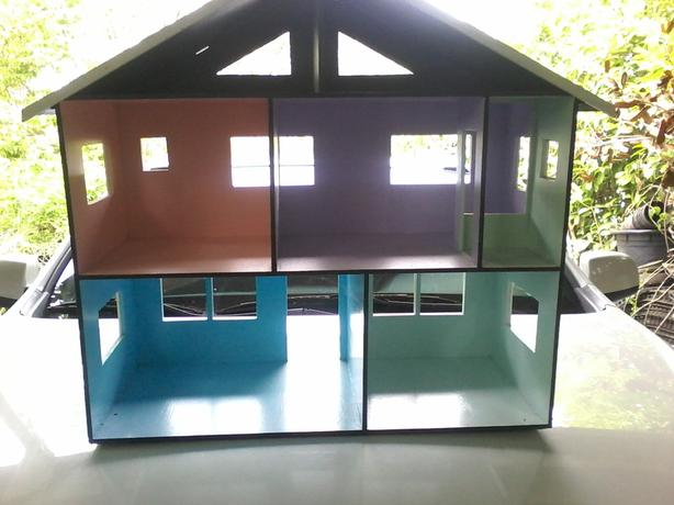 Handcrafted dolhouse