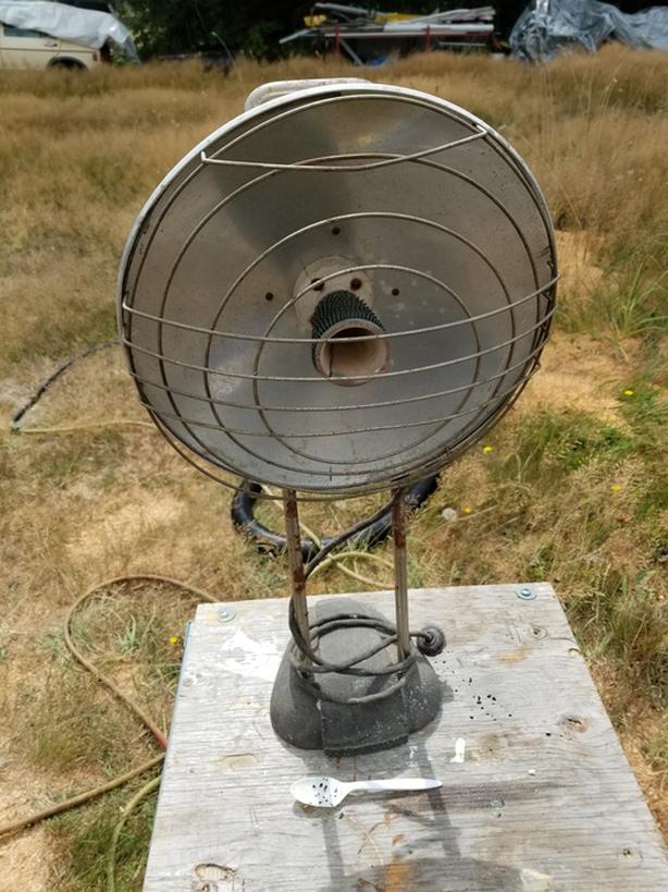 Antique electric heater