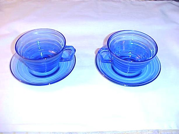 MODERNTONE COBALT BLUE DEPRESSION GLASS CUPS AND SAUCERS