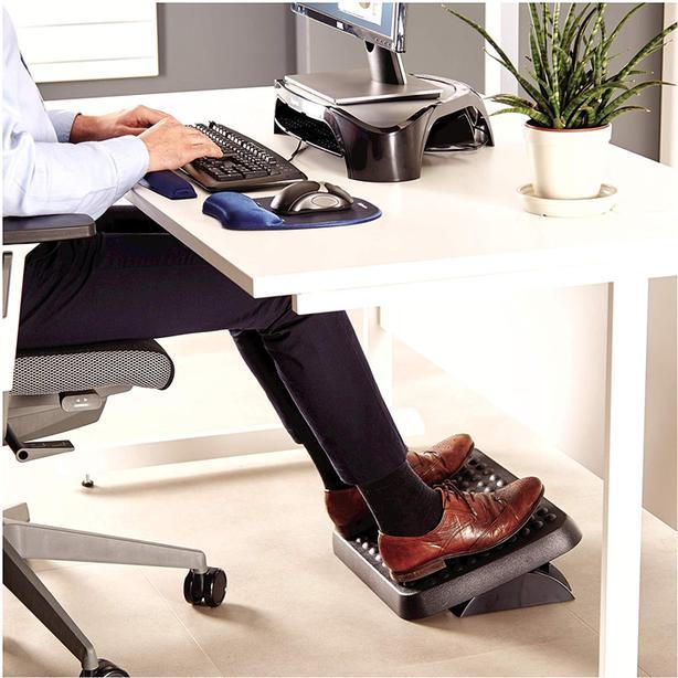 FELLOWES ADJUSTABLE FOOT STOOL