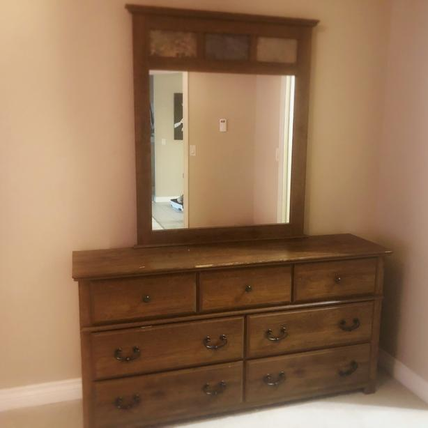 Excellent Condition Hardwood Maple Color Dresser with mirror