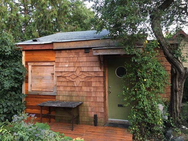 Fernwood Tiny Home - Now or Sept 1 to April 30, 2020