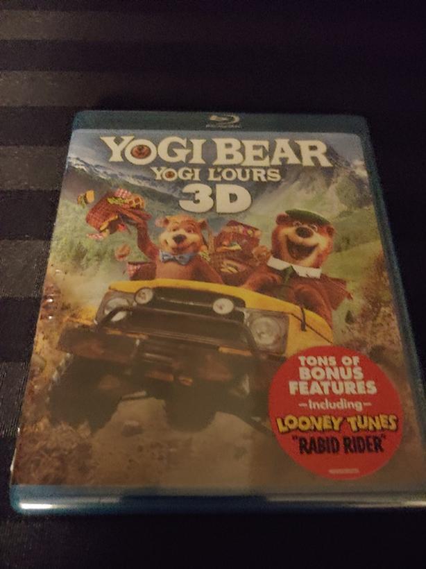 Yogi Bear Blu-ray 3D and Blu-ray set