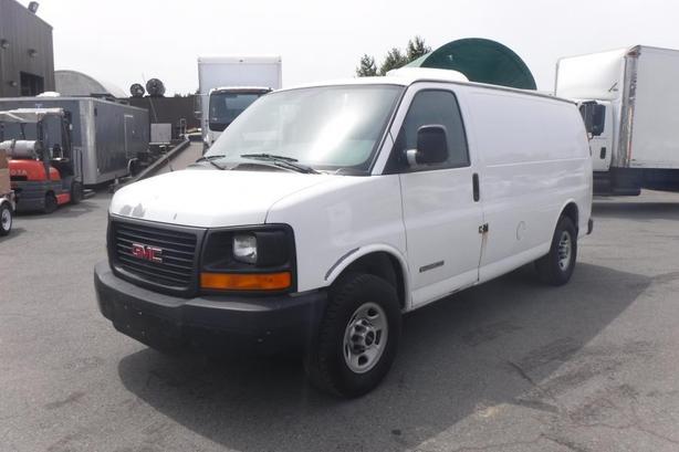 2006 GMC Savana G2500 Cargo Van Rear Shelving and Bulkhead Divider