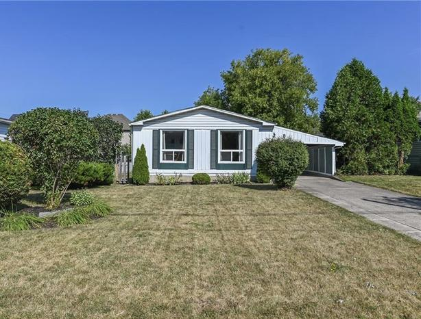 bright and meticulously kept three-bedroom bungalow