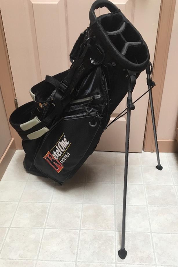 Callaway V HL4 Hyper Lite Stand Bag