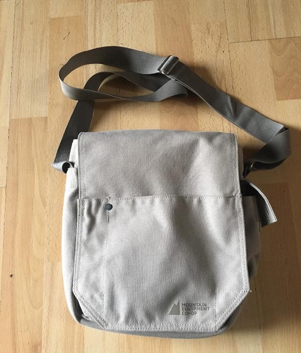MEC Coop travel shoulder bag Large Size