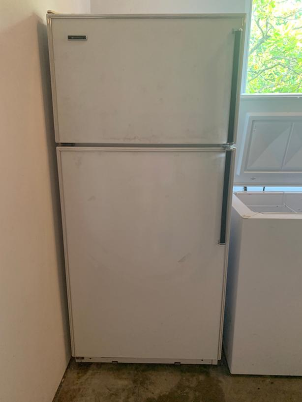 Large Functional White Westinghouse Refrigerator for sale