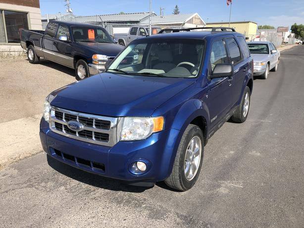 2008 FORD ESCAPE XLT 4WD V6 with Only 177,000 km's