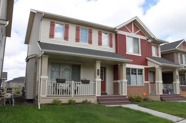 Semi-attached House(Newer) in Harbour Landing, immediately,  close to UofR