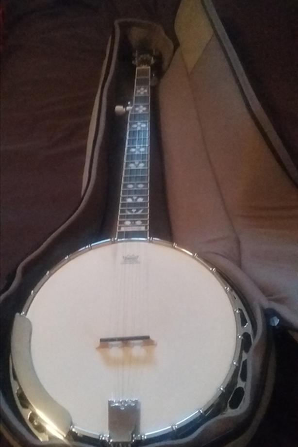 Epiphone Banjo MB250 $450