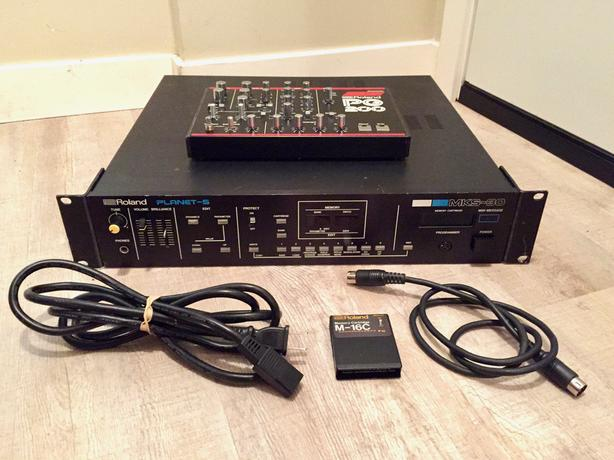 Roland MKS-30 Planet S Synth Module and PG-200 Programmer
