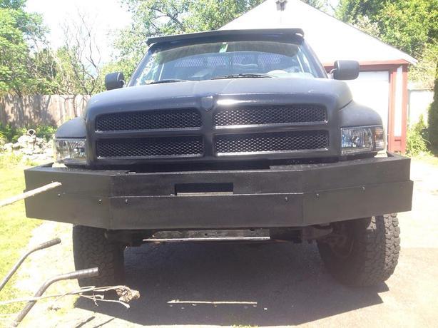 Dodge Ram 1/2 Ton 4x4 5.9 360 Magnum Gas