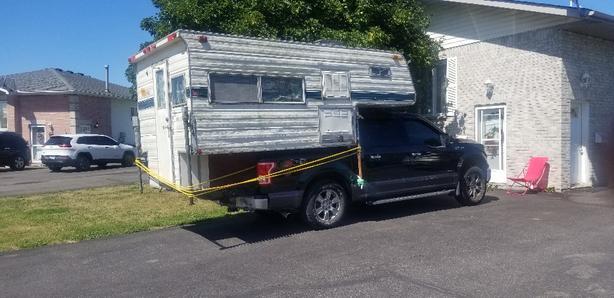 overhead camper trailer