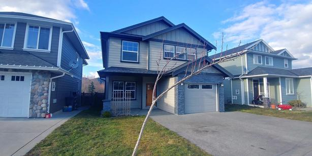NEW, SPACIOUS, PET FRENDLY HOUSE FOR RENT-SOOKE