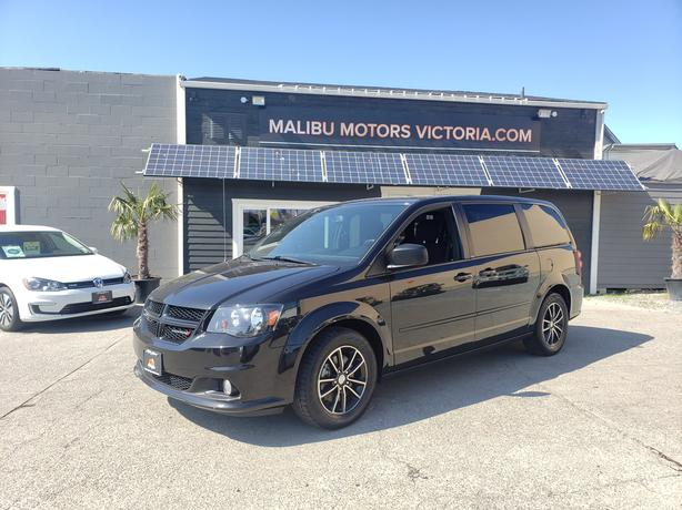 ** 2014 Dodge Grand Caravan Stow N Go! - DVD - 114K