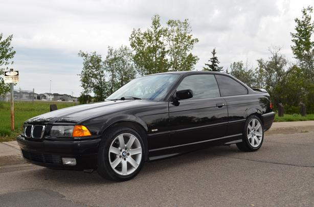 1999 BMW 328IS 2DR Coupe, Local unit in great condition