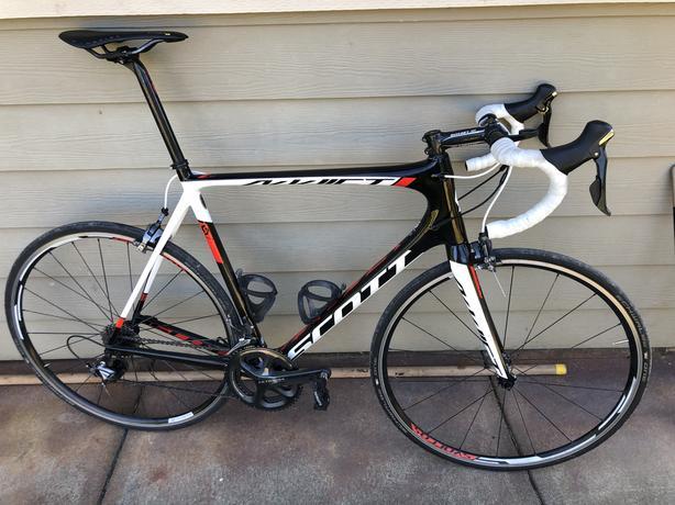 2015 Scott Addict Road Bike 61cm