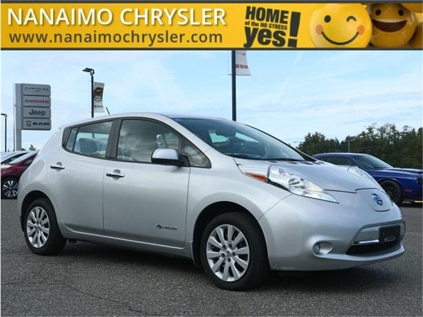 2017 Nissan Leaf S No Accidents Low Kilometers