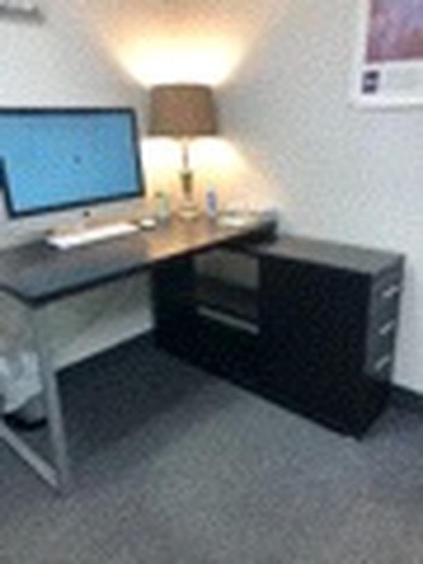 Cute Corner Desk