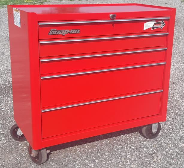"""Snap On Professional 40"""" Rolling Tool Chest Cabinet"""