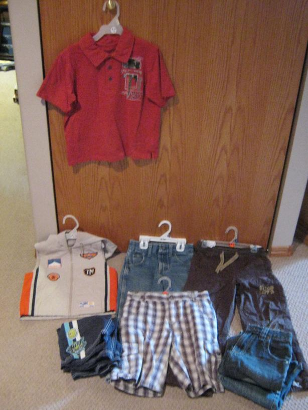 8 boys clothing items for one price or sold separately size 6