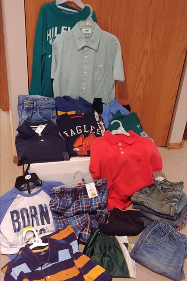 13 boys clothing items in size 8