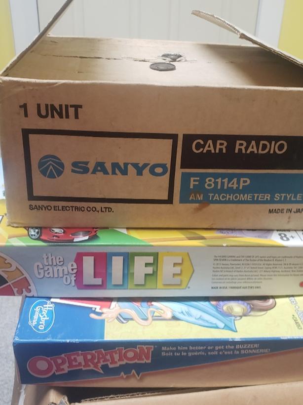 vintage am car radio all in packaging