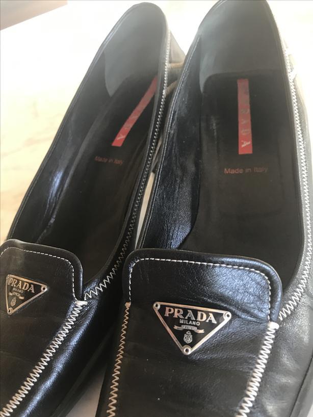 Prada Leather Mid Heel Shoes