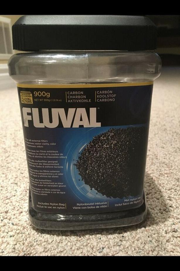 FLUVAL carbon - 3/4 full