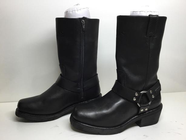 Women's Bates Boots (size 7)