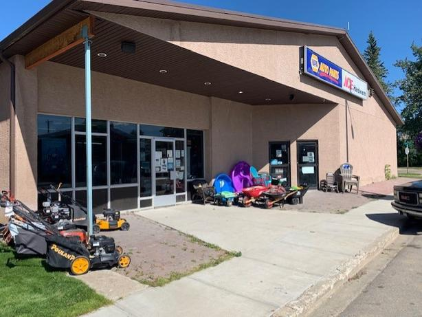 Ace Hardware / Napa Auto Parts/ Husqvarna/ Business/ BRETON AB