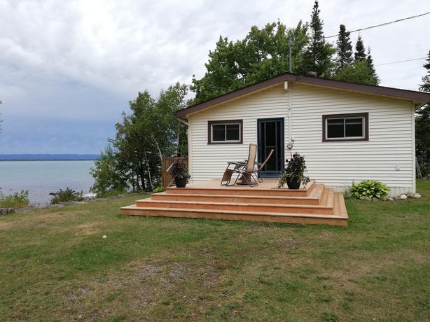 OPEN HOUSE -1966 Havilland Shores Dr. Sun Sept 8th,1:00 PM - 2:30 PM
