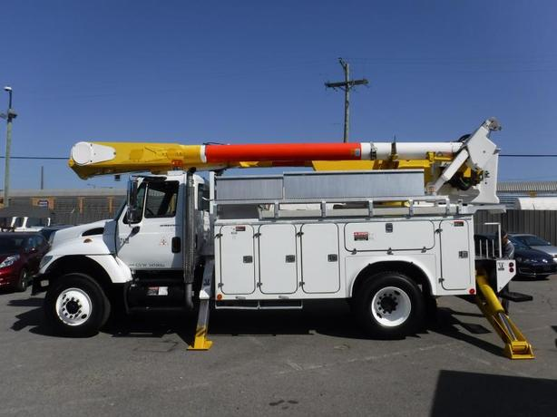 2003 International 7400 Diesel Bucket Truck Air Brakes