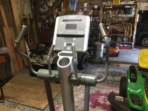 eleptical exercise machine