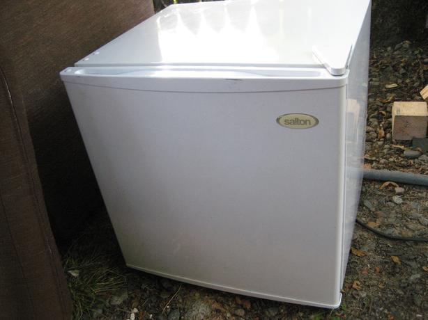 Small size fridge aka beer fridge
