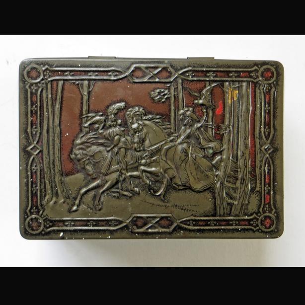 "Vintage RILEY'S Toffee ""Elizabethan Hunting Scene"" Tin"