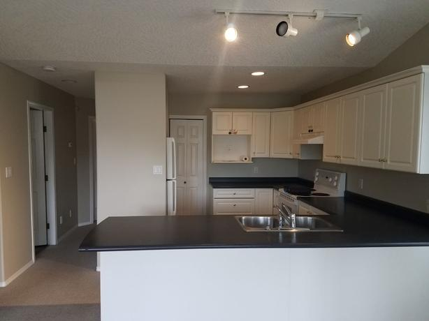 2 Bedroom Duplex - Available Sept 15