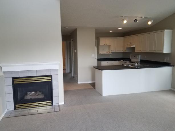 2 Bedroom Duplex (available Sept 15)
