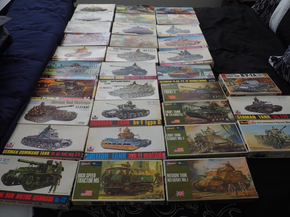 $5 · 1/72 Scale Model Tank Kits