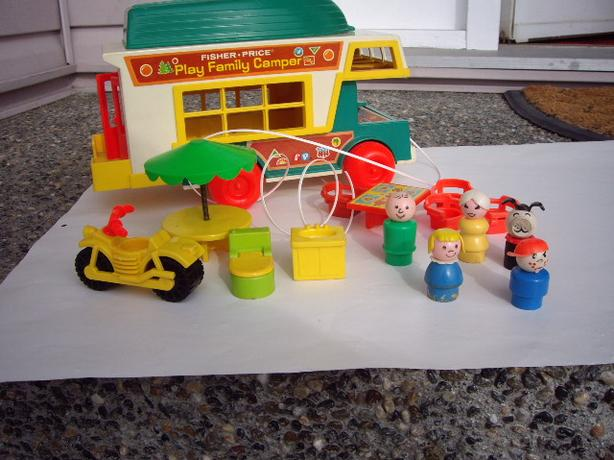 FISHER PRICE VINTAGE AIRPORT + ACCES