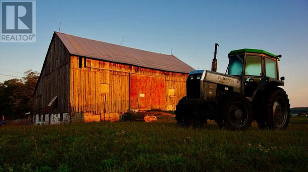 OFF-GRID  working farm, COTTAGE COUNTRY, ON, see website for details